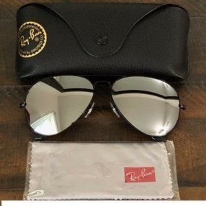 New Ray-Ban Aviator RB3026 Silver Mirrored Lenses